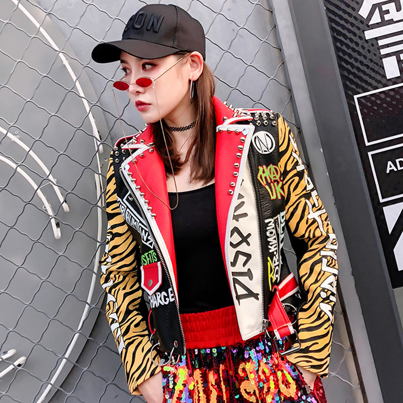 Women Faux   Leather   Jacket Trend Graffiti Cartoon Embroidery Rivet Jacket 2019 New Fashion Streetwear Women Biker   Leather   Coats