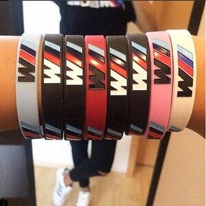 Image 2 - 100 pièces M puissance Sport Bracelet pour BMW Club Fans Bimmer Silicone Bracelet///M lumineux hologramme caoutchouc Bracelet tous les cadeaux de série