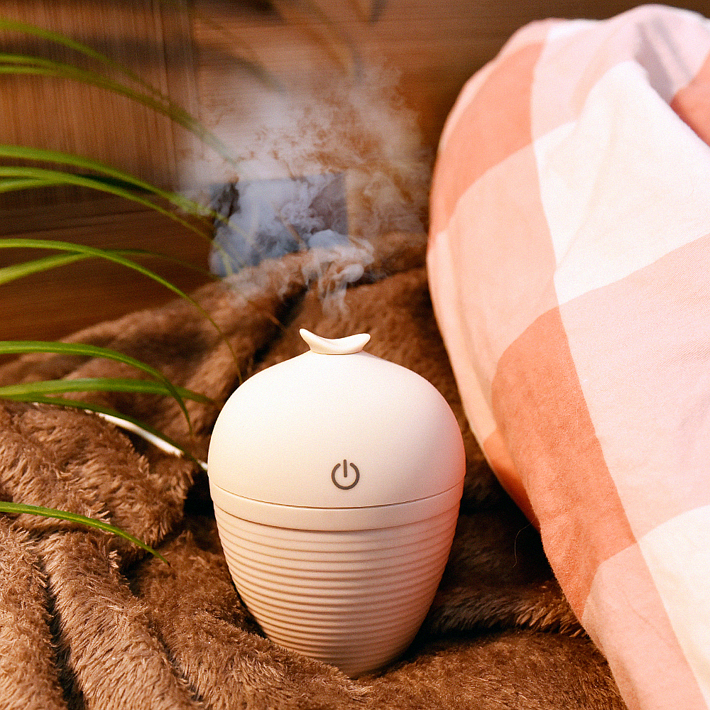 Creative Bottle Design USB Ultrasonic Humidifier Home Office Mini Aroma Diffuser LED Night Light Aromatherapy Mist Maker