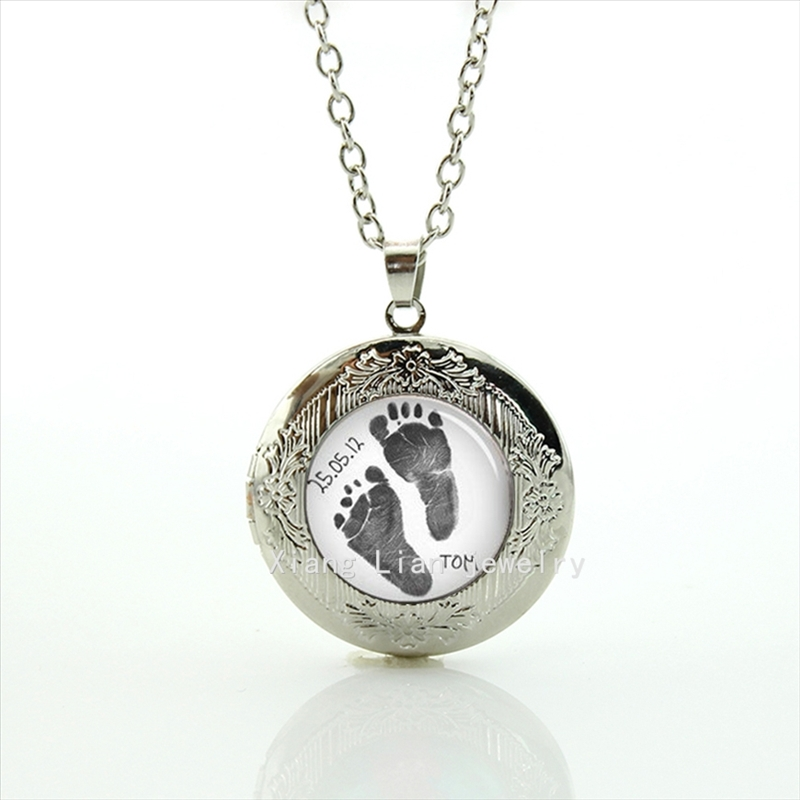 new lovely footprint picture locket necklace custom names