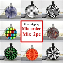 2016 Optical illusion Necklace Magic Moving Wheels Pendant Abstract Jewelry Glass Art Picture Necklace HZ1