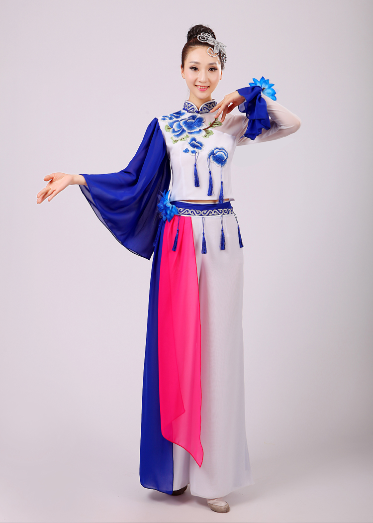 (0168) Chinese folk dance female Embroidery Chinese porcelain costum classical dance sequins yangko/fan/umbrella clothing
