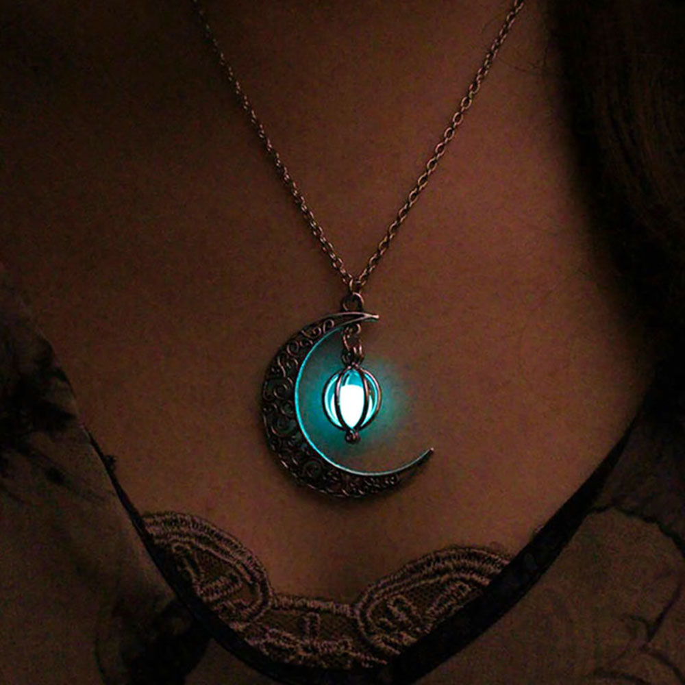 Vienkim Neo-Gothic Luminous Pendant Necklace Women Charm Moon In The Dark Glowing Stone Necklaces For Jewelry Christmas Gifts Собака