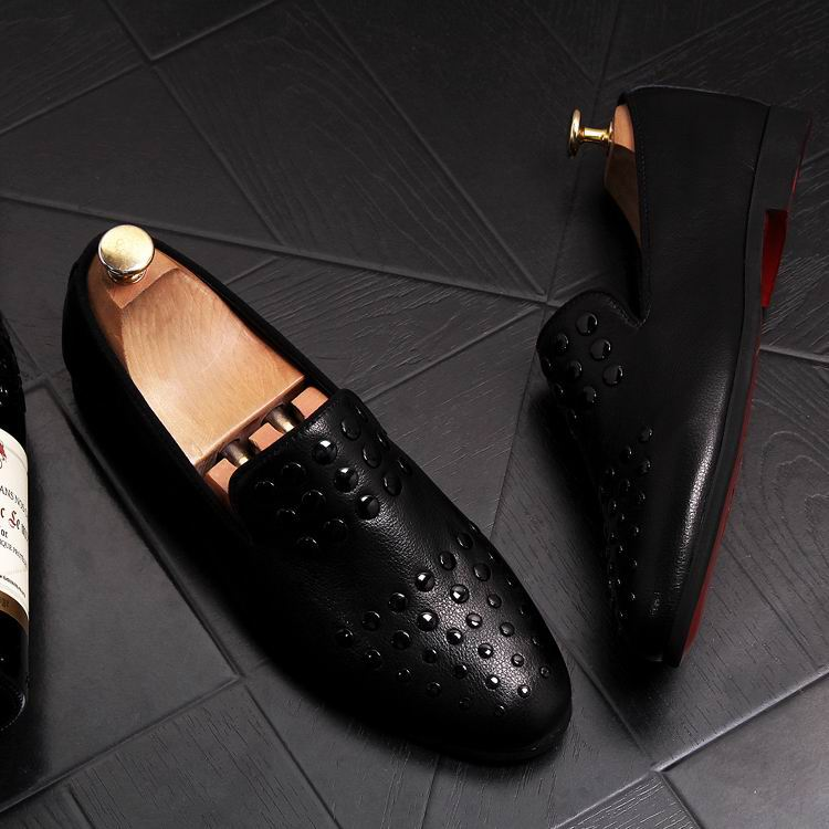 New Arrival Luxury Men Black Loafer Shoes Fashion Designer Slip On Rivets Trending Casual Shoes Man British Chic Zapatos 12