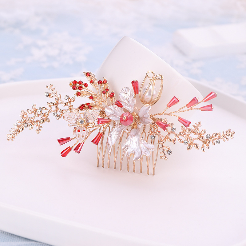 Bridal Tiara Red Crystal Flower Leaves Golden Hair Comb Elegant Temperament White Flowers Hair Comb Wedding Accessories Headclip