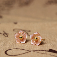 Natural Pearl Shell Carved Pink Flower Stud Earring Women In Sterling Silver 925 Original Design Personality