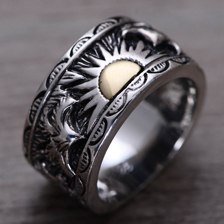 S925 sterling silver ring sun totem Thai Thai silver ring sun god totem beach throw