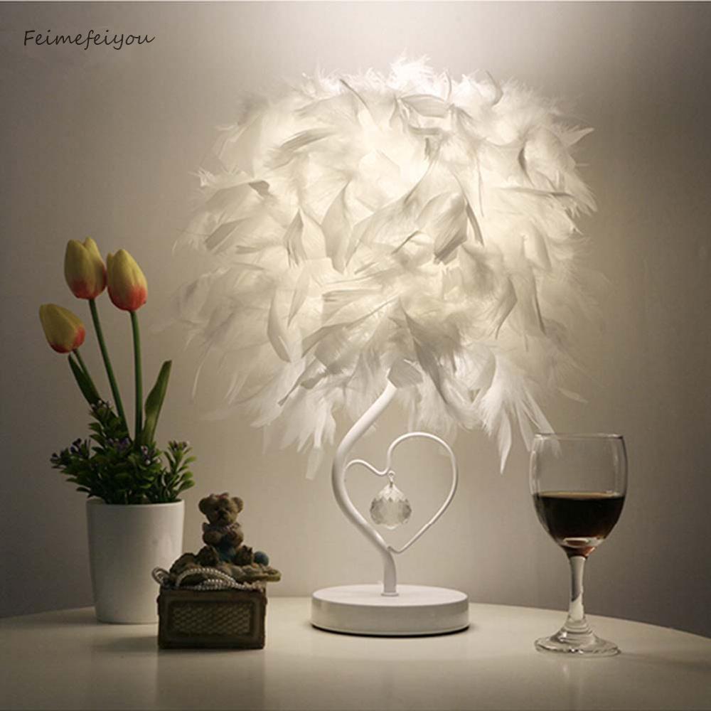 Feimefeiyou Bedside Reading Room Sitting Room Heart Shape Feather Crystal Table Lamp Light with EU plug