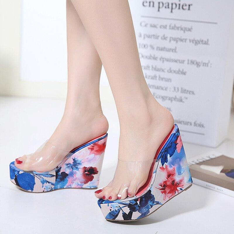 Летние прозрачные туфли на высоком каблуке пляжные тапочки женщин Платформы Сандалии женские ботинки Клин флип-флоп женщин обувь Желе D1034