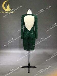 Image 2 - תמונות אמיתיות סקסי ארוך שרוולים עמוק ירוק חרוזים שיפון הגעה חדשה הברך אורך חוף מכירה לוהטת מסיבת שמלות נשף 2020