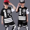 Crianças Terno Dos Esportes Da Menina do Menino Casuais Agasalho Crianças Dancewear Hip Hop Meninos Roupas de Verão Cool Fashion Preto Branco 2016 Novo