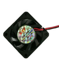 цена на 1Pcs  Black 2 Pin 12V 40mm x 10mm 4010 Brushless DC Fan PC Cooling Cooler Fan
