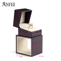 High Quality Brand Dark Brown Lizard Striated Ring Box Gift Boxes Wedding Jewelry Accessories Jewelry Packing