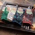 Bordado nacional de la vendimia del otoño y el invierno de 100% algodón calcetines femeninos