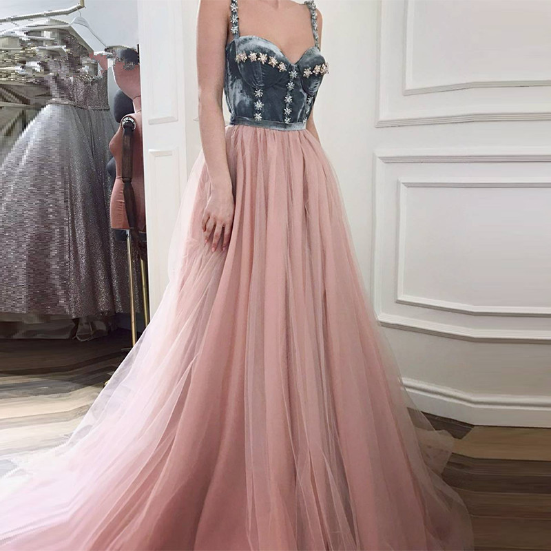 Muslim   Evening     Dresses   2019 A-line Spaghetti Straps Tulle Velvet Beaded Islamic Dubai Saudi Arabic Long Formal   Evening   Gown
