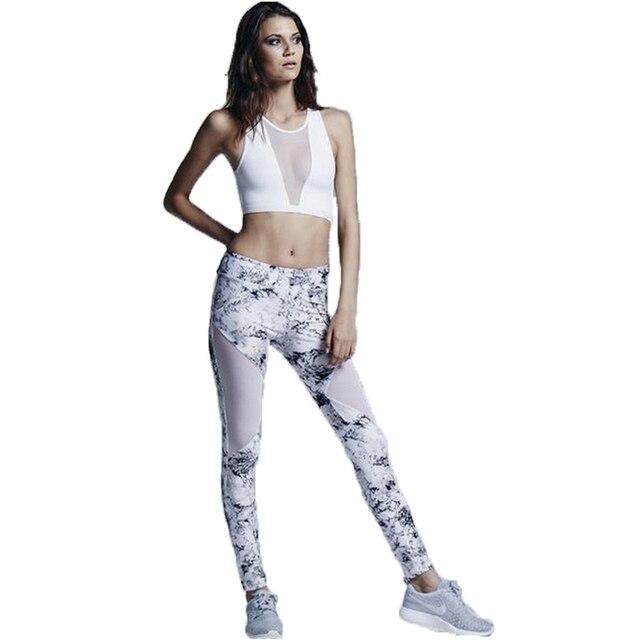 Estate Bianco Griglia Patchwork Tuta Crop Top Serbatoi E Leggings Sportivi  Scarni Abbigliamento Nuovo 2 Pezzi 6693d73ffa8