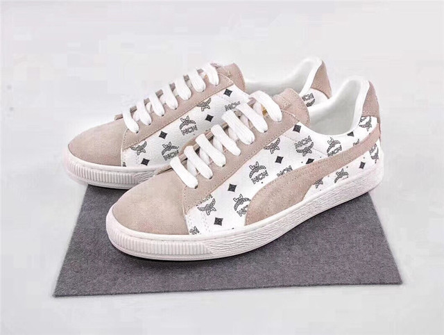 35b77a7dd4b 2018 NEW ARRIVAL PUMA x MCM Classic Suede Retro Man s Sneaker Badminton  Shoes Size40-44. Price