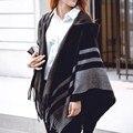 Mulheres da Queda do inverno Cardigan Com Capuz Moda Borlas Listrado Batwing Manga Do Casaco Capa Solta Hoodies Casaco Quente Outerwear