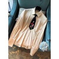 Svoryxiu Осень Высокое качество шелковая блузка Топы корректирующие женские руководство бисер маленький галстук Элегантный Винтаж шампанског