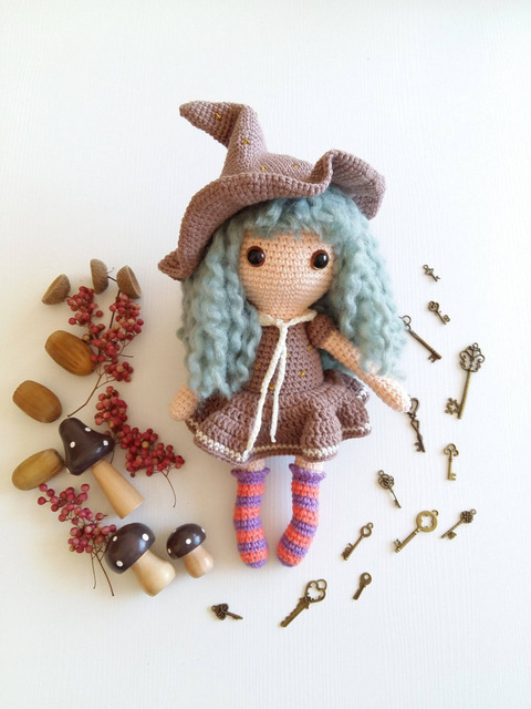 Amigurumi Witch Costume For Mia Doll - Gorgeous Crochet Pattern By ...   640x480