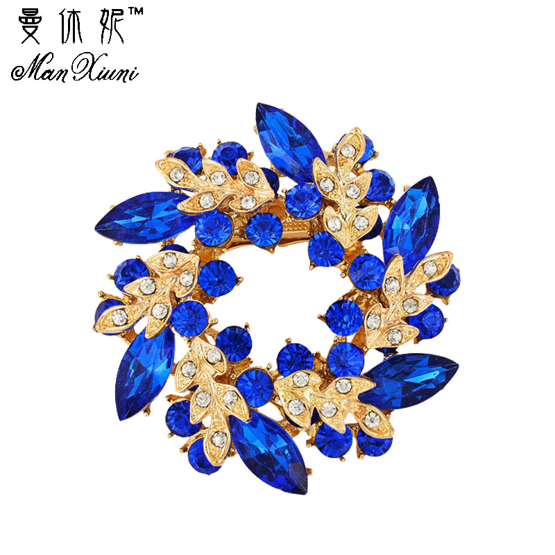 Crystals flower Silk Scarf brooches women pins Clip Buckle Hold gold color rhinestone broche christmas gifts top quality