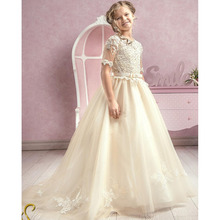 2017 Vintage Lace Flower Girls Dress With Short Sleeve A Line Jewel Neck Floor Length Sash Belt Cheap Girls First Commuion Dress
