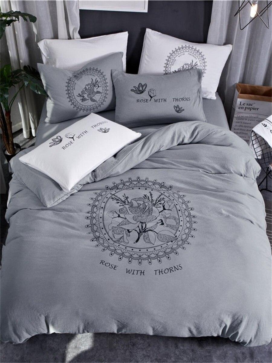 4Pcs Bedding Set Rose Pattern Scandinavian Style Soft Sheet Set 4Pcs Bedding Set Rose Pattern Scandinavian Style Soft Sheet Set