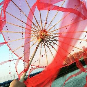 Image 1 - Sombrilla de seda china de Anime para mujer, accesorios de fotografía, paraguas de borlas de baile antiguo, sombrilla transparente de papel japonés para boda