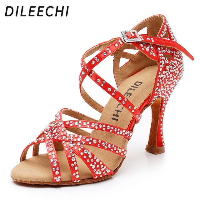 DILEECHI Latino sapatos de dança de grande pequeno strass Vermelho brilhante azul de cetim Mulheres sapatos de dança Salsa sapatos de festa de casamento Alargamento 9 calcanhar seis centímetros