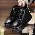 2016 Estilo Británico de Las Mujeres Calientes Negro De Felpa de Invierno Martin Botines de Color Caqui femenino Boot Lace Up 3 cm Plataforma de Zapatos De la Felpa Corta Chica