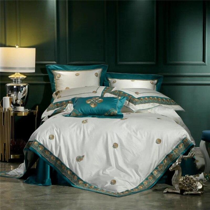 2018 New 4pcs Embroidery Satin bedding sets comforter king queen Luxury royal quilt/duvet cover set bed linen bedclothes set