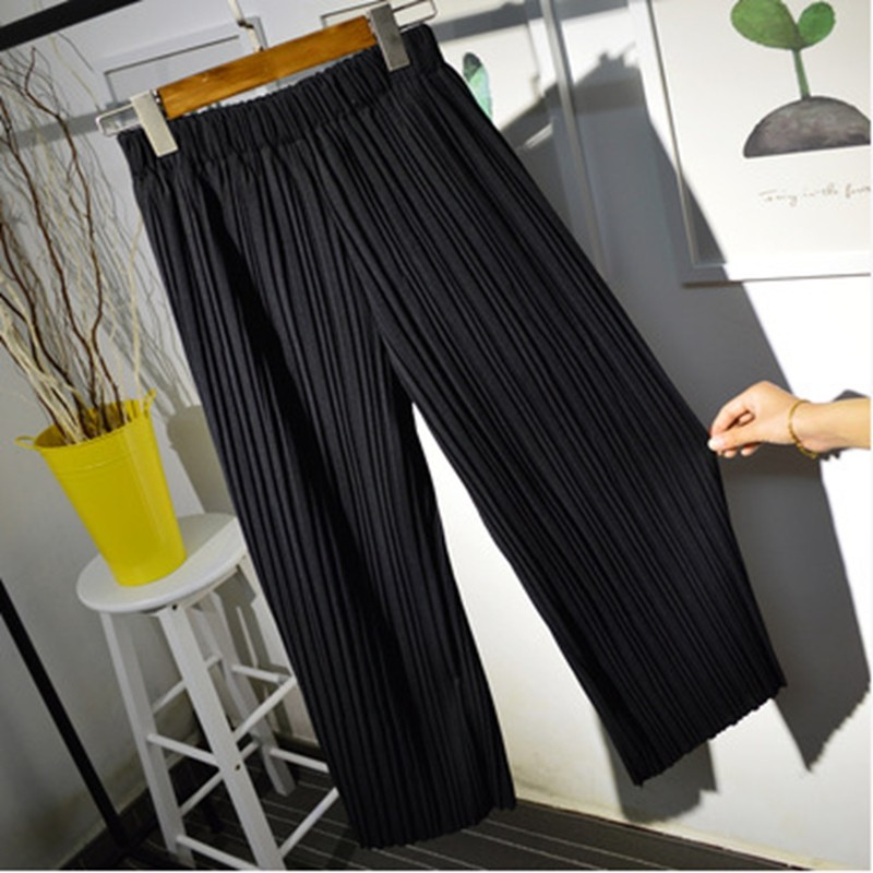 2016-women-wide-leg-legging-calf-length-summer-pant-black-white-fashion-pleated-pant-lady-quality (3)