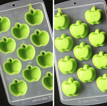 New Arrive Safety envirement cretive fruit and lips designs silicone ice mould