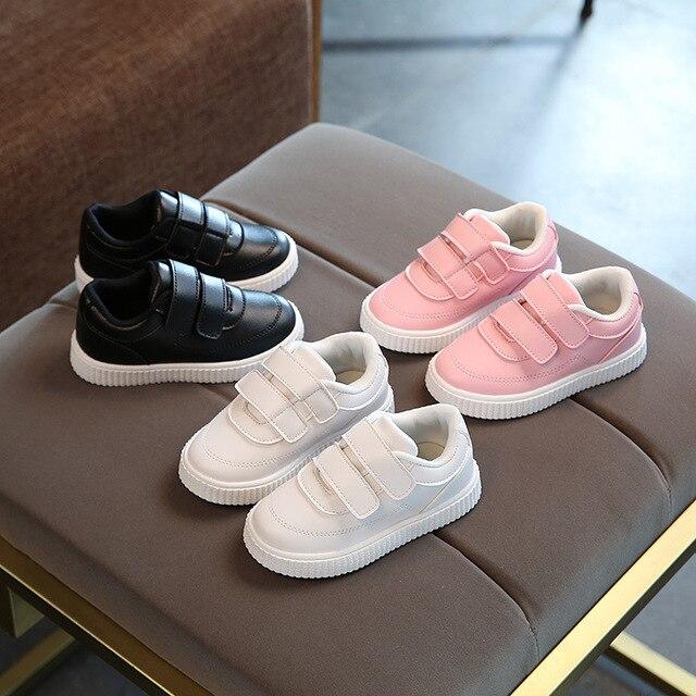 f7fb8698e030e Nouvelle marque de vente chaude Printemps Automne chaussures pour filles  garçons Solide respirant caoutchouc enfants sneakers mignon Beaux enfants  en bas ...