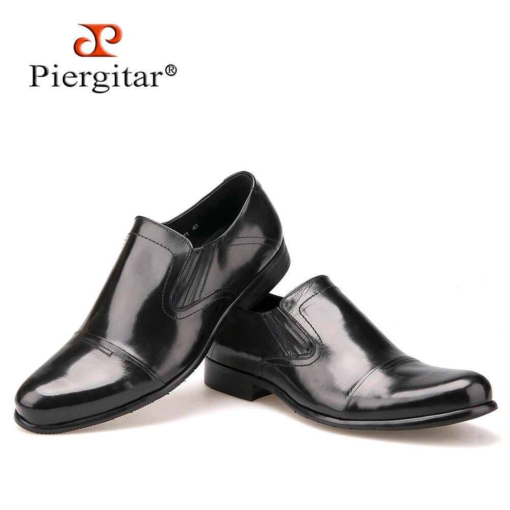 Kualitas tinggi Round Toe Sepatu Loafer bisnis dan kantor untuk Pria Kulit  Asli Slip Pada Derby 57ccd35161