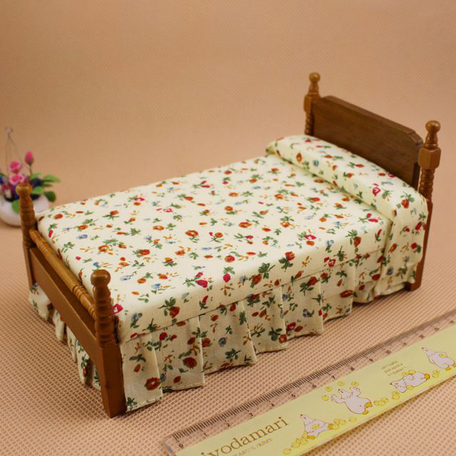 G05-X064 children baby gift Toy 1:12 Dollhouse mini Furniture Miniature baby wooden bed retro style 1pcs