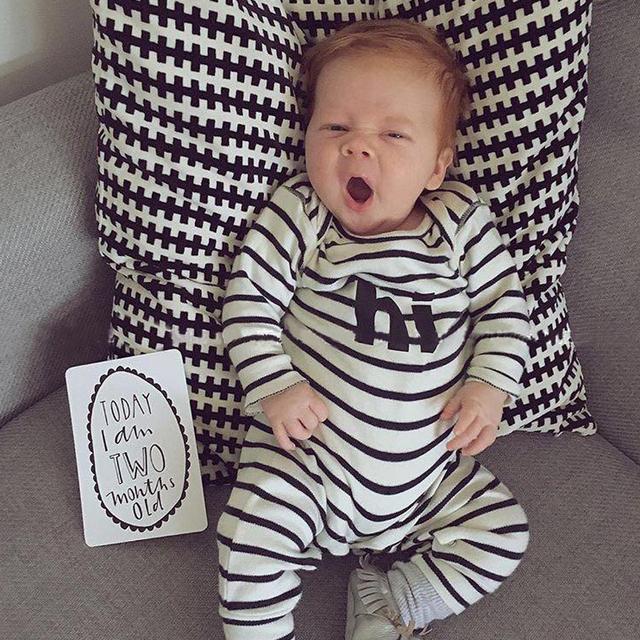 Dormentes de bebê Infantil Romper do bebê Recém-nascido de Algodão Listrado Manga Comprida Macacão Bonito Roupas de Bebê Unissex Oi Herói Rompers