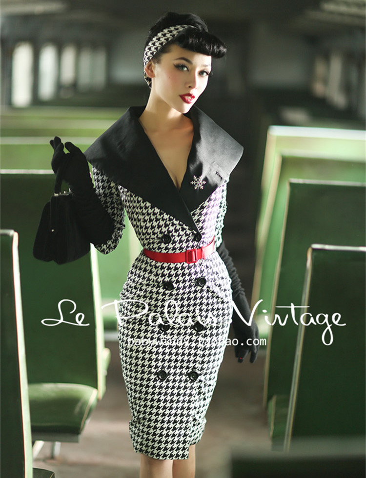 40 Le Palais Vintage Summer Houndstooth Long Sleeve Wiggle Pencil