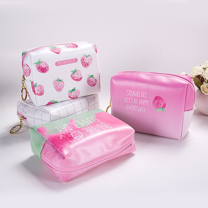 0800 Korean Originality Strawberry Makeup Package Will Accept Package Portable Toilets Bag Package Travel Hand Take Package travel tale fashion cat and dog capsule pet cartoon bag hand held portable package backpack
