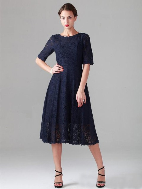 2017 Navy Blue Vintage Lace Modest Bridesmaid Dresses Short Half Sleeves A Line New Maids
