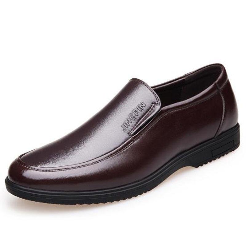 Mão De Sapatos Desenhador Do Couro Formal Masculino brown 2018 Vestido Black Da Feitos Business Moda Hombre Homens Dos À Escritório Novos Flats Zapatos xSIq8Fwt0A