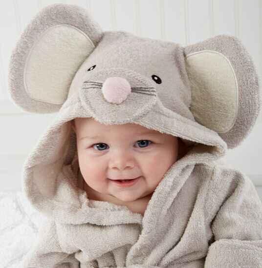 ... Fashion Designs Hooded Animal Modeling Baby Bathrobe Cartoon Baby Towel  Character Kids Bath Robe Infant Beach ... e5623ea46