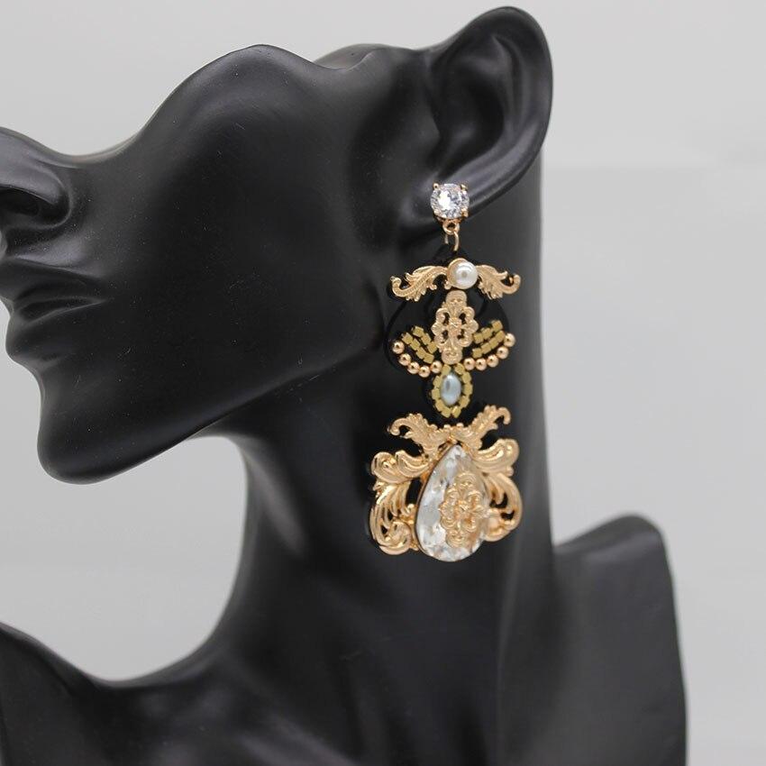 New Delicate vintage earrings Temperament fashion wild earringsmeta long geometric  luxury earrings 522 3d483b95b669