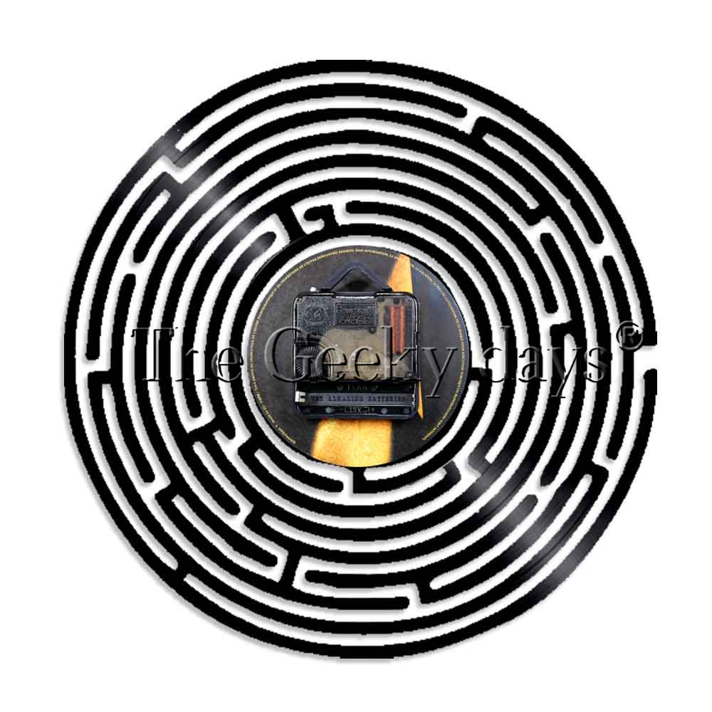 1Piece Got Lost In Labyrinth Silhouette Vinyl Record Wall Clock Modern Design Maze Illuminated Wall Clock Living Room Decor