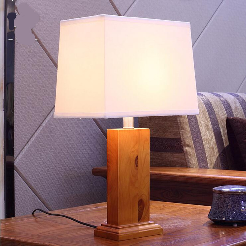 High End Europe Country Fabric Wood Led E27 Table Lamp for Living