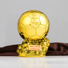 3e39973ac0f83 Personalizado Ballon D'OR Troféu 1:1 Réplica dos homens Bola de Ouro Do  Mundo Melhor Jogador de Futebol de Futebol Fãs Lembrança.