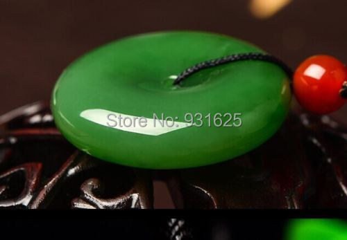 Hetian green jade jasper necklace pendant jadeite chinese green icy doughnut