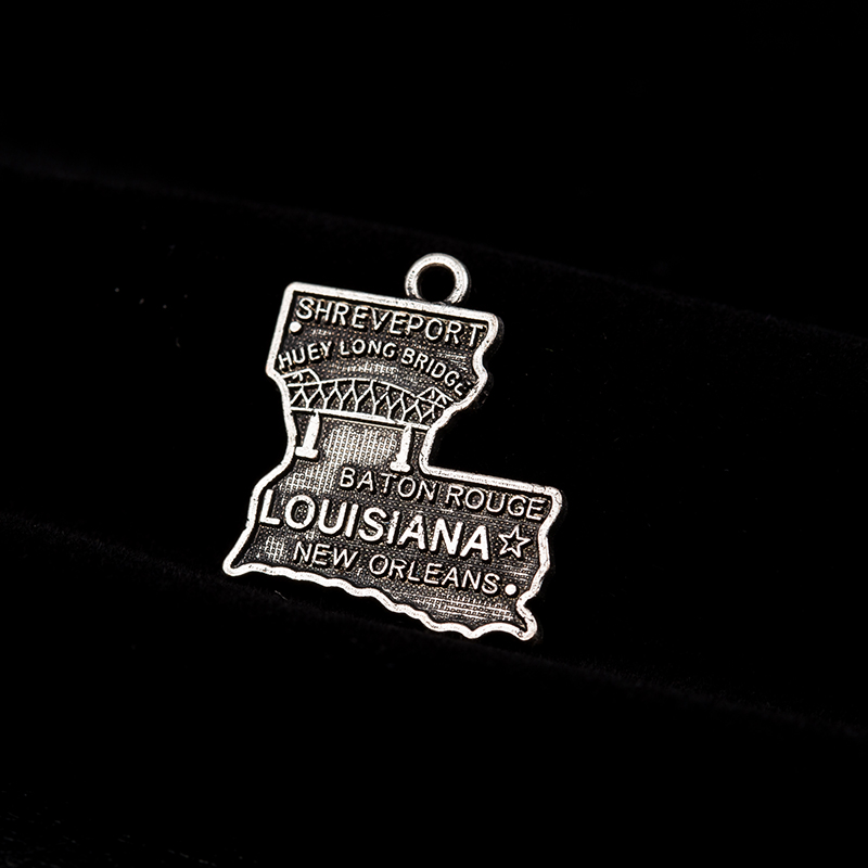 30PCS Ancient Silver Louisiana State Dangle Charms 17.1*23.5MM Map Dangle Jewelry DIY Accessories For Bracelet&Necklace Jewelry