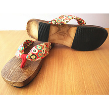 2016 Trendy Hot Lady Bidentate Flip Flops Flower Sandals Slipper Shoes Japanese Geta Clogs Women Summer Wooden Slippers