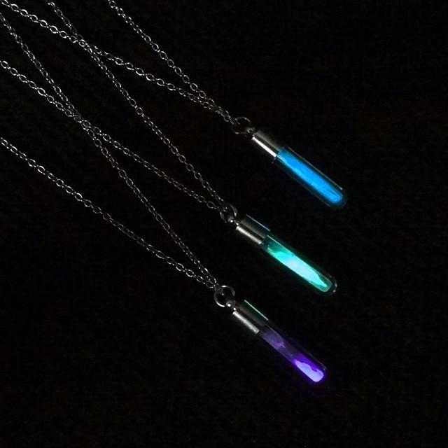 Świecące w ciemności klepsydra naszyjnik szklany wisiorek naszyjnik srebrny łańcuszek Luminous wisiorek biżuteria kobiety prezenty klejnot akcesoria